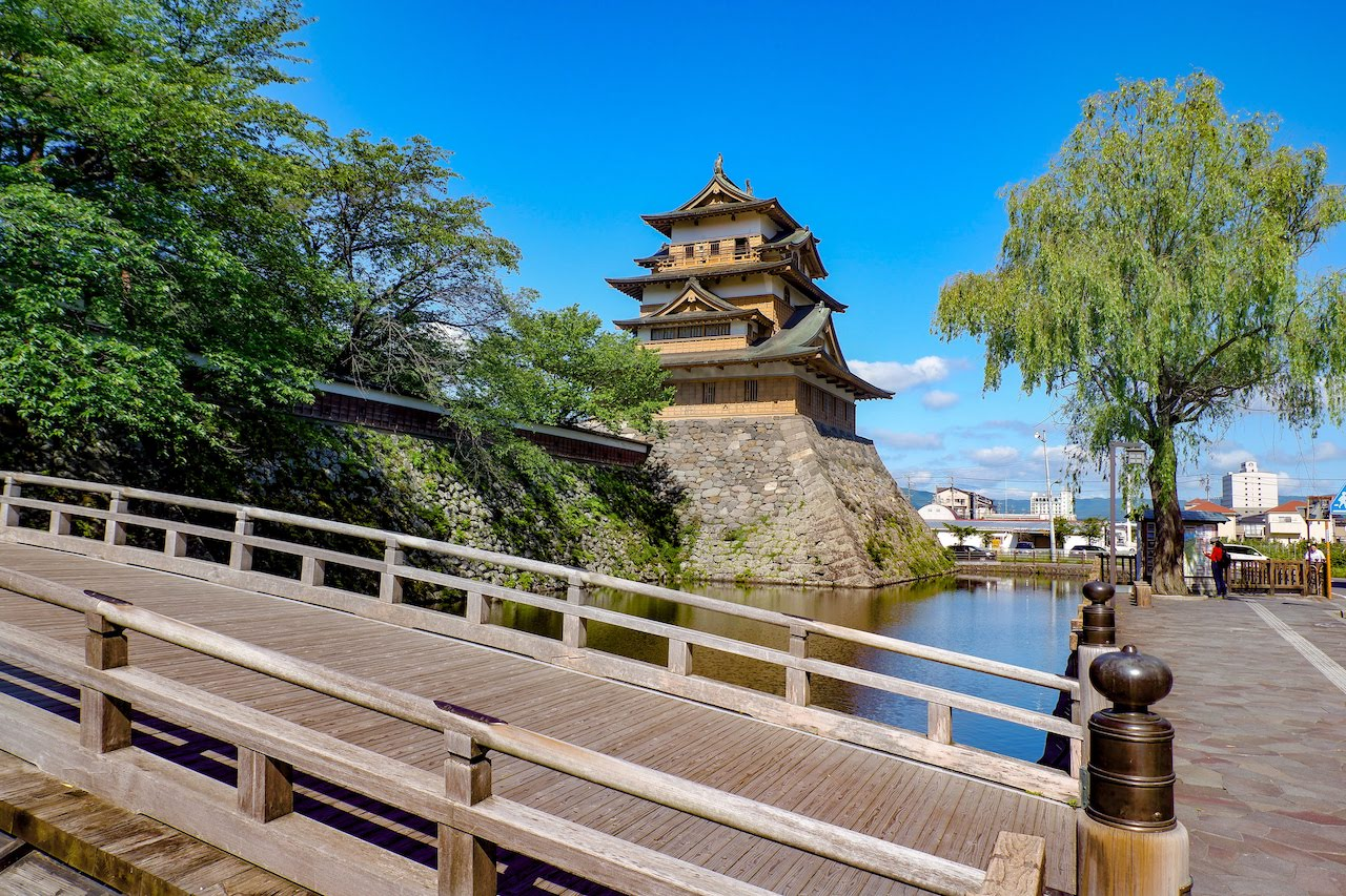 Takashima Castle 高島城